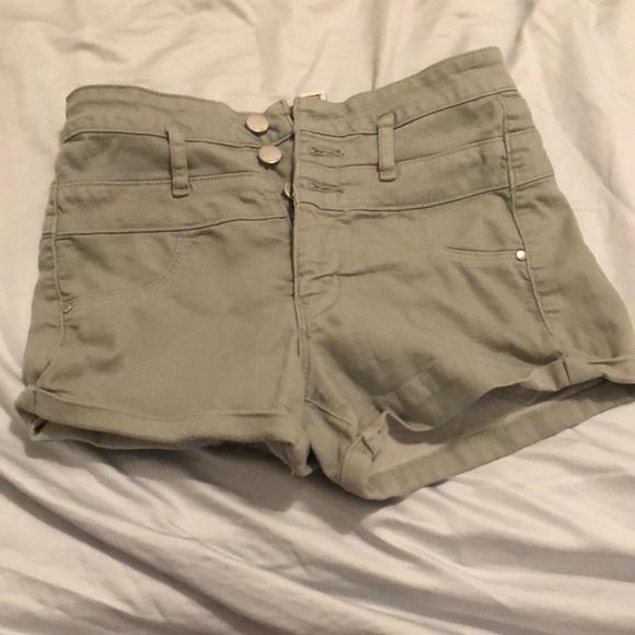 refuge Pants - Ivy green high waisted jean shorts